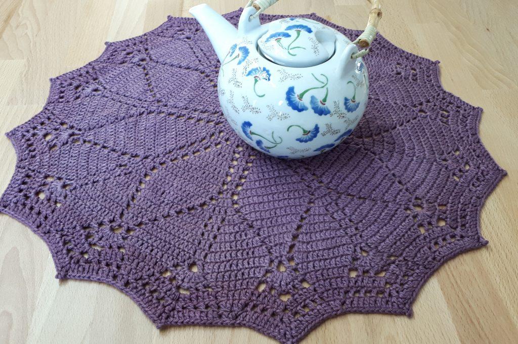 diamonds doily free crochet pattern